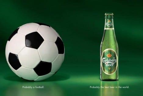 cerveza y fútbol en publicidad